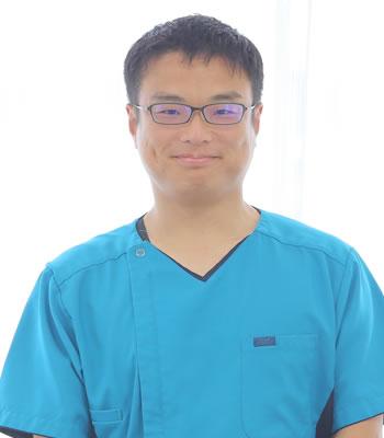 小児科医師 藤本洋樹